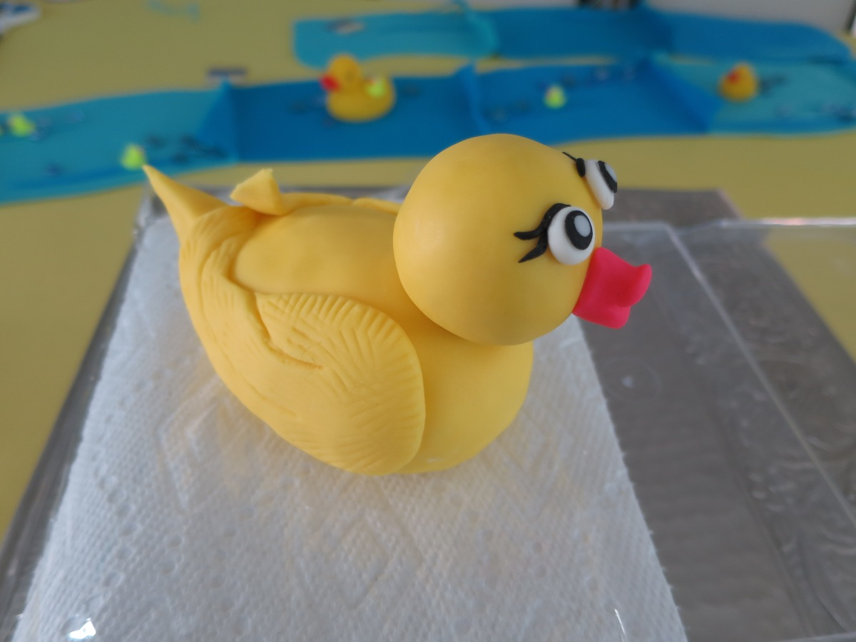 duck fondant