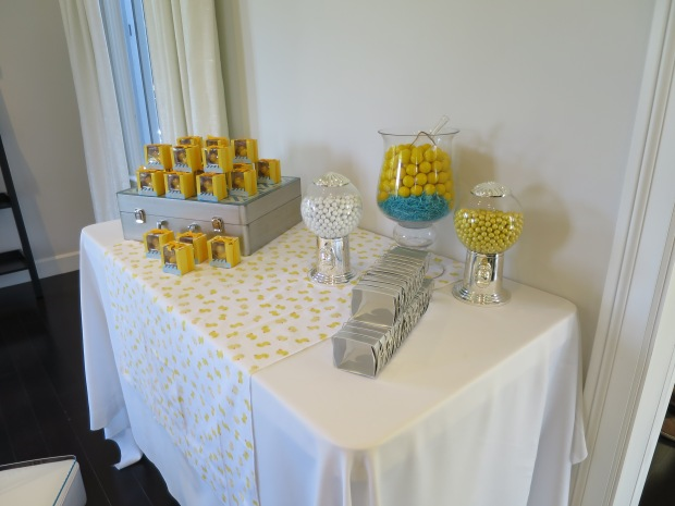 Favor table with mini candy bar