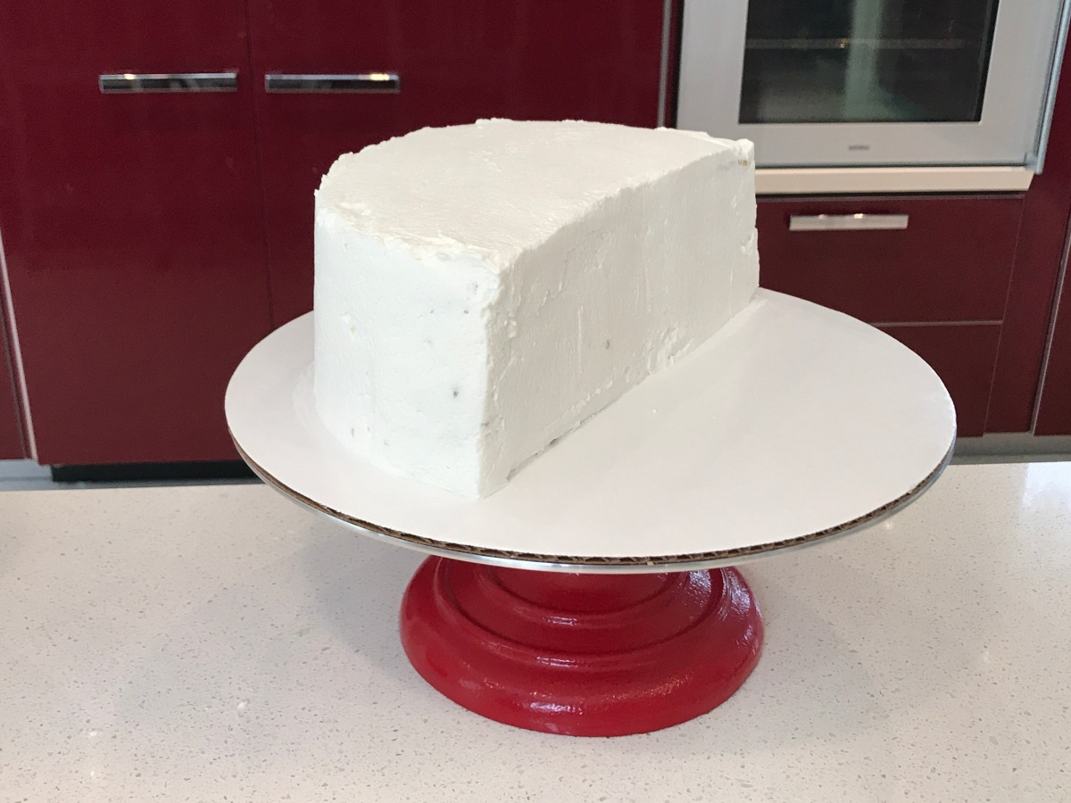 Pistachio custard lemon cake